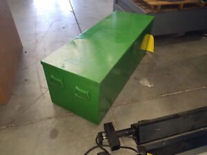 Greenlee No 883 4 1 1 4 Thru 4 Portable Hydraulic Bender With Greenlee Storage