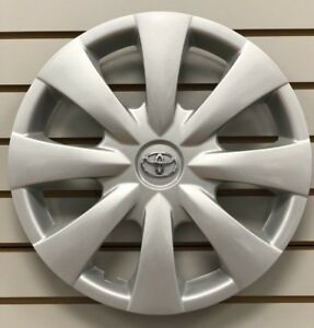 2009 2013 Toyota Corolla Hubcap Wheelcover Oem Chrome Emblem