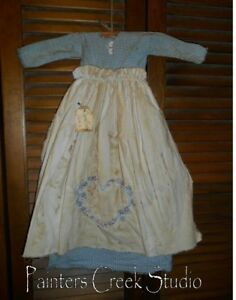 Primitive Wall Dress Snowflake Heart Blue W Apron Prim Grungy Winter Valentine