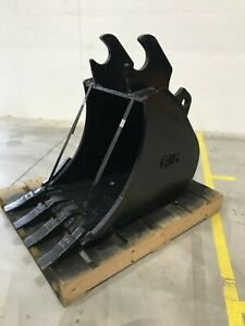 New 18 Heavy Duty Excavator Bucket For Kubota Kx161 with Coupler