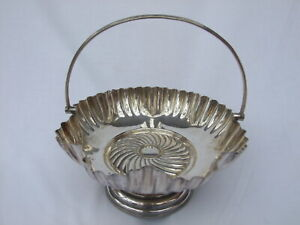 Daniel Arter Silver Plated Epns Fluted Cake Dish Stand With Handle No G6254