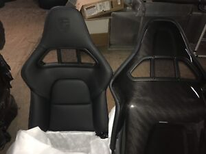 Gt2 Carbon Fiber Sport Bucket Seat Set