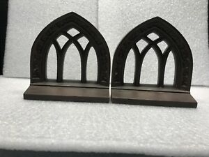 Pair 2 Bradley Hubbard Antique Cast Iron Bookends Door Stops Cathedral Window