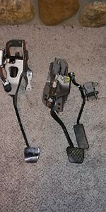 02 06 Acura Rsx Type s Manual Transmission Clutch Brake Gas Pedal Set