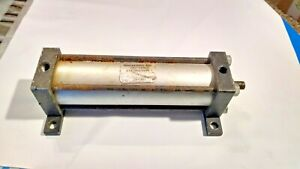 Rockford Air Devices 1 1 2x5 Pnuematic Air Cylinder 1 1 2 X 5