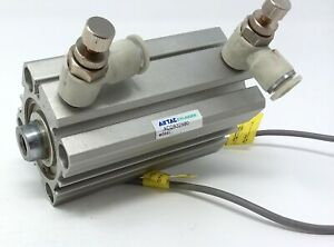 Airtac Cylinder Acqs32x60 Pneumatic Air used W sensors