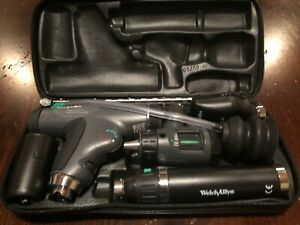 Welch Allyn 3 5v Diagnostic Set With With Panoptic Ophthalmoscope Otoscope case