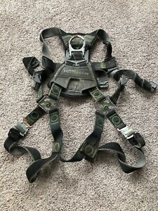 Safety Harnesses Miller Revolution Sperian Full Body Quick Connectors D Ring