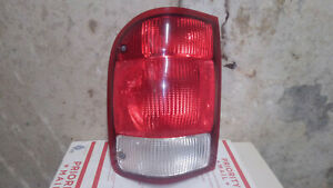 2000 Ford Ranger Pickup Truck Driver Left Side Taillight Tail Lamp Oem