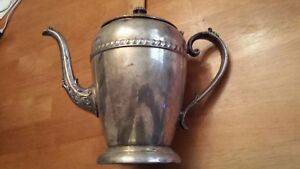 Federal Silver Company Silverplated Pitcher Water Tea Pot Coffee Co Vintage
