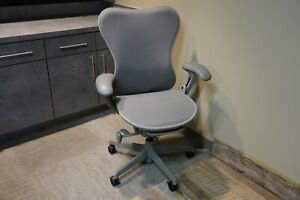 Herman Miller Mirra Desk Chair Home Office Fully Featured Excellent Condition