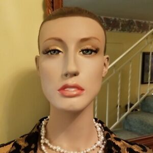 Anna Cleveland pat s Daughter Adel Rootstein Mannequin Head Sculpted Hair