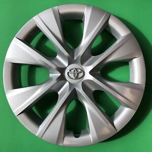 15 Hubcap Wheelcover Fits 2014 2015 2016 2017 2018 Toyota Corolla