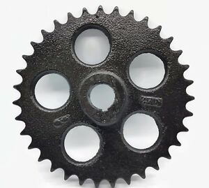 Case Tractor Farm Industrial Sprocket 1 1 4 Bore 5 16 Key 50 15 Chain Size Decor