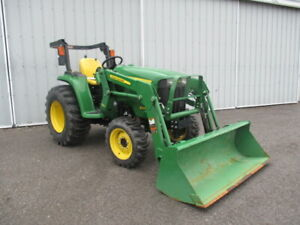 John Deere 3025e Compact Tractor With Loader