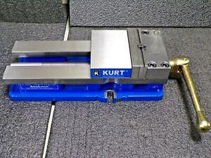 Kurt Anglock 9 Milling Vise W Jaws And Handle Hd691