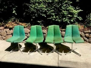 Set Of 4 Authentic Vintage Knoll Mid Century Modern Stackable Dining Chairs