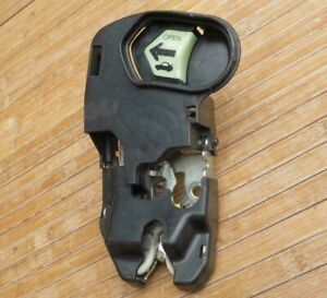 2001 2005 Honda Civic Trunk Latch Lock Lid Handle Assembly 74851 S5a A02