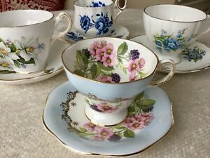 Vtg English Bone China Tea Cups Saucers Set Of 4 Florals Blues