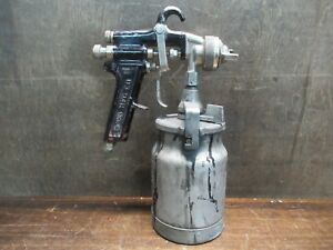 Binks Model 7 Paint Spray Gun With Devilbiss Paint Canister Pre owned