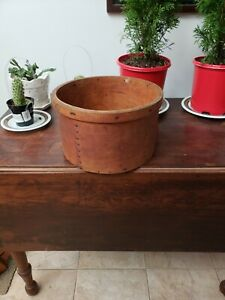 Antique Lg Wooden Grain Measure W Old Nailed Seam Thick Wall Pantry Box