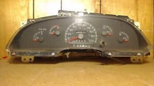97 98 Ford Explorer Expedition Speedometer Cluster Gauges Mph W O Tach 304k Mi