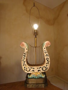 Beautiful Unusual Antique Italian Porcelain Harp W Cherubs Lamp