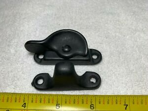 New Antique Vintage Sargent Black Rotating Window Sash Lock Latches