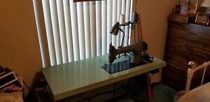 Commercial Industrial Singer Sewing Machine Table Top W Motor Light Etc