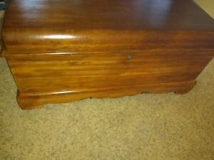 1940 S Roos Sweetheart Waterfall Cedar Chest