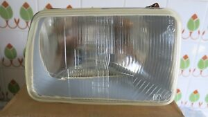 Renault 14 Headlight Projecteur Right Side Projecteur 470250