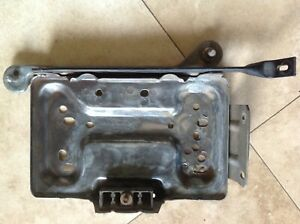 1994 1996 1997 Ford F250 F350 Diesel Oem Left Side Battery Tray