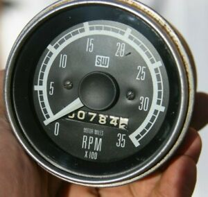 Stewart Warner 3 3 8 3500 Rpm Truck Tachometer With Hours Vintage