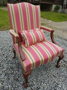 Oversized Hickory Chair Co Chippendale Ball Claw Living Room Arm Lounge Chair