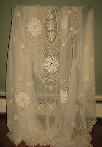 Antique Victorian Handmade Bedspread Lace Coverlet