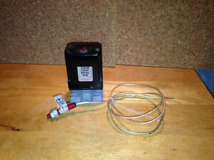 Skan a matic Clarostat S30106 Reflective Infrared Sensor With R40100 Amplifier
