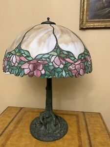 Vintage Mosaic Leaded Slag Glass Shade Tree Trunk Base Lamp