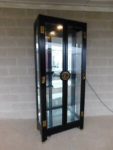 American Of Martinsville Chiniosere Style Lighted Curio Display Cabinet