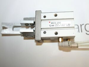 Smc Mhz2 20c Parallel Style Air Gripper Cylinder made In Japan