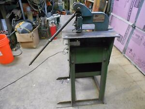 Roper Whitney Model 118 4 Ton Punch Press With Stand table