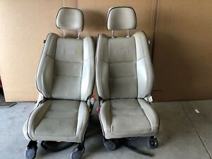 2011 Jeep Grand Cherokee Overland Front Leather Bucket Seats Tan