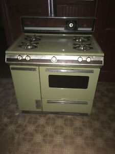 Vintage Century By Glenwood Gas Retro Green Stove Oven Complete