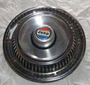 1970s Jeep Grand Wagoneer 15 Hubcap