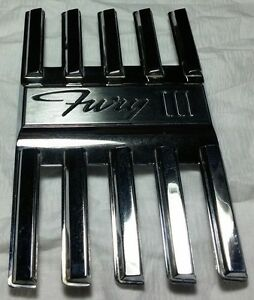 1966 Plymouth Fury Iii Lh Front Fender Emblem