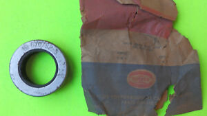 1940 S 1950 S Plymouth Dodge Chrysler Nos Overdrive Transmission Oil Seal 670752