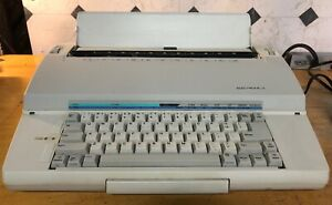 Sears Electronic Ii Electric Typewriter Needs Ribbon
