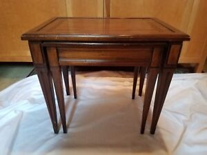 The Brandt Furniture Vintage Pair Of Wood Nesting Tables Lot Of 2