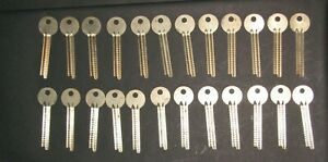 Vtg Lot Of 24 Safe Deposit Key Blanks Uncut Nos Ilco 1115al Locksmith Lst49