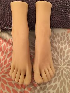 New Girls Realistic Ballerina Gymnast Dancer Feet Silicone Mannequin Foot Model
