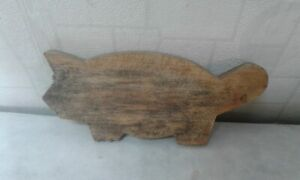 Antique Primitive Old Wooden Wood Rare Bread Cutting Board Shape Of Pig